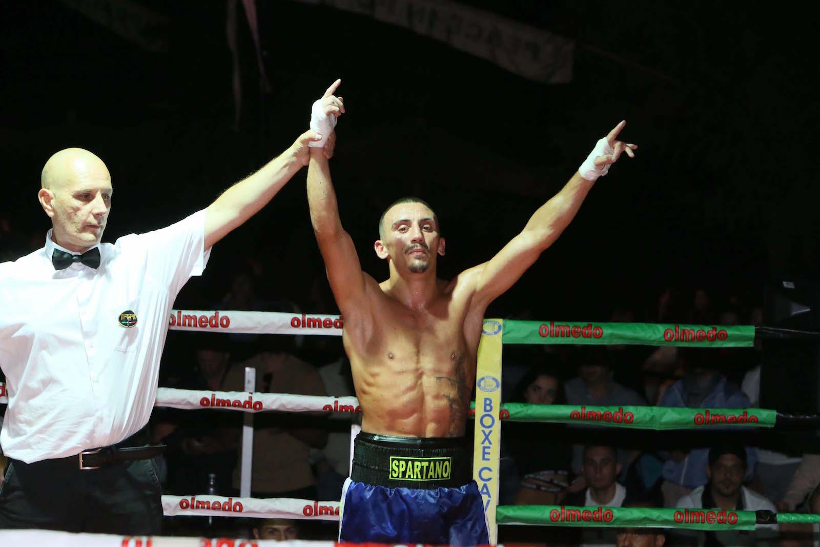Boxe, Mattia De Bianchi chiude col botto i match  Ora, a 21